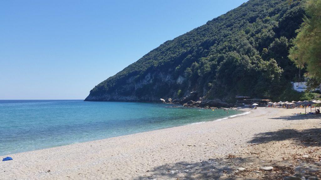Strand von Kamari