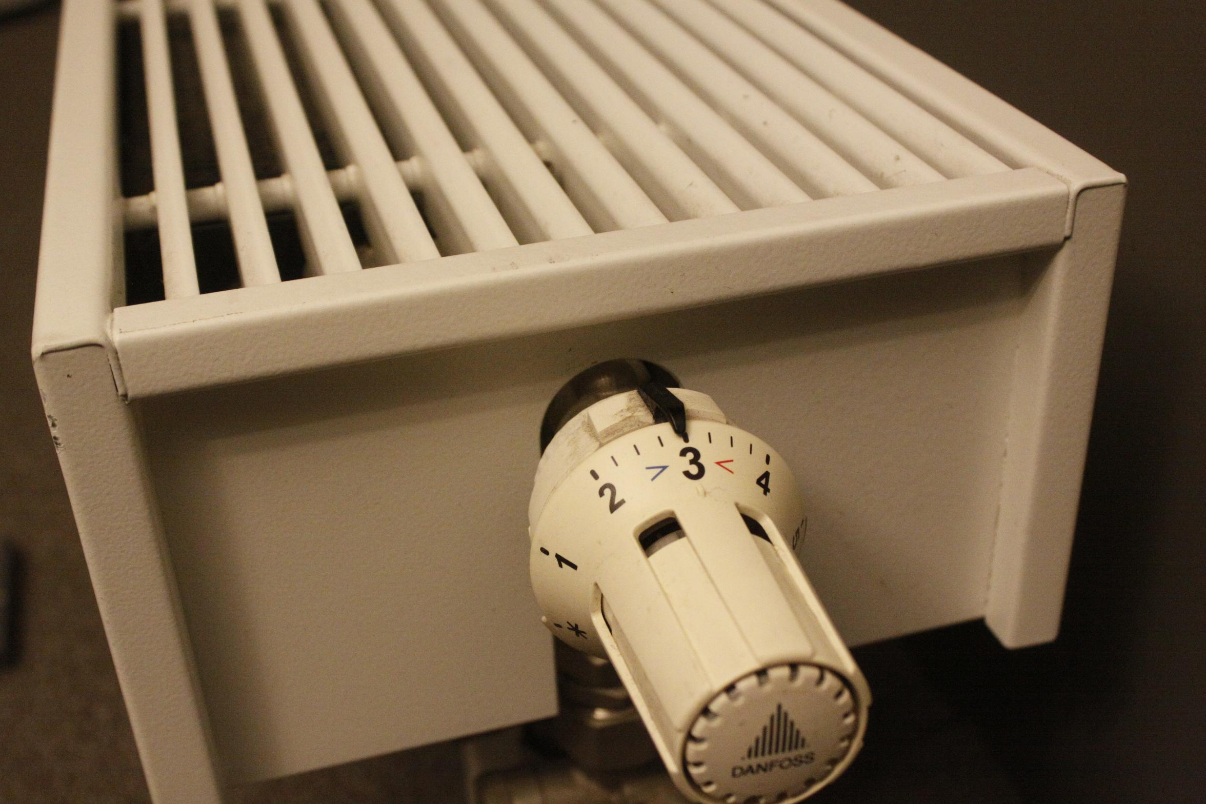 leitung kaputt keine heizung und warmwasser in teilen. Black Bedroom Furniture Sets. Home Design Ideas