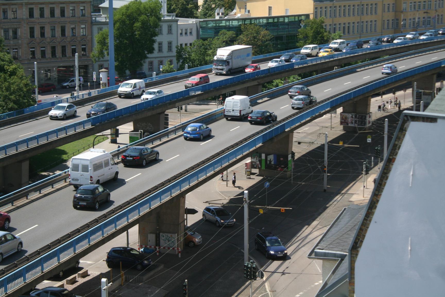 Hochstraße2