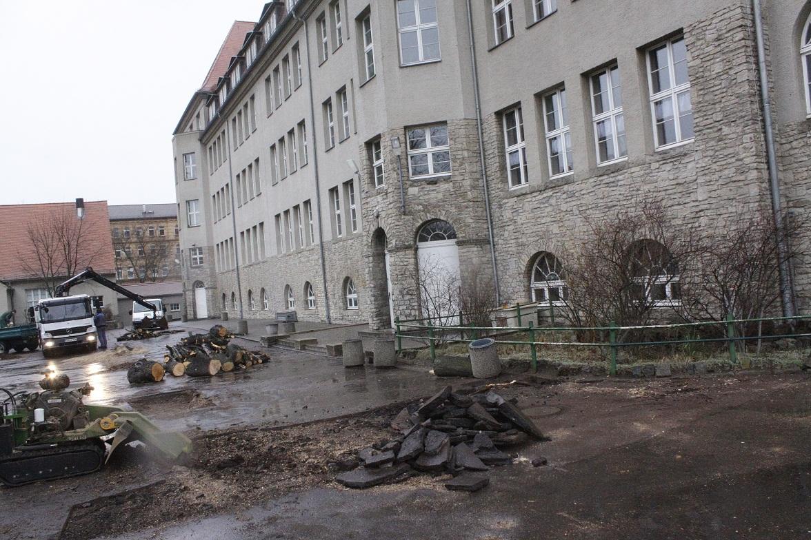 Schulhof der Huttenschule
