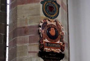 Marthin Luther wacht über die katholische Gemeinde in der Moritzkirche.