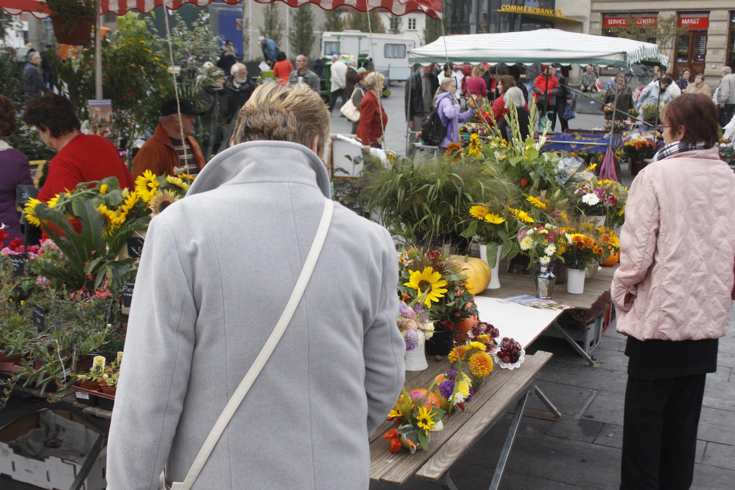 Erntedank-Bauernmarkt: Schmackhaftes aus der Region - HalleSpektrum ...