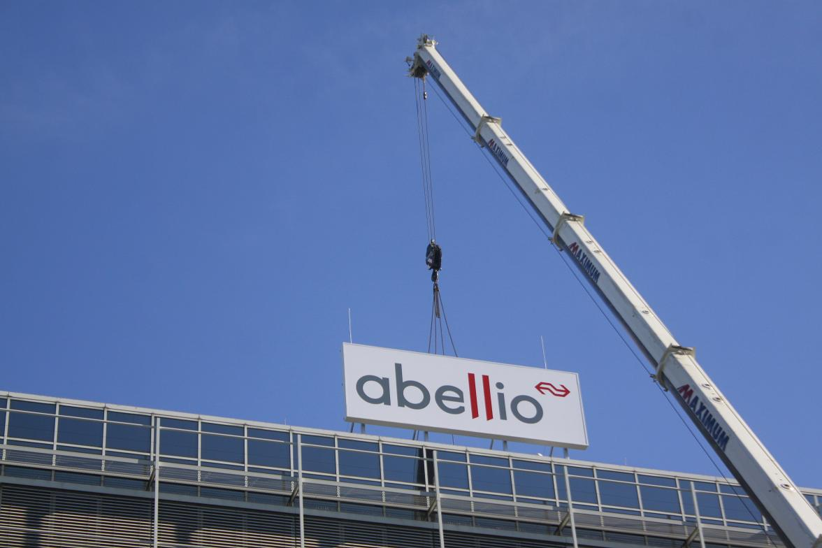 Abellio9