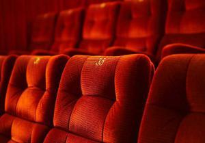 Ins Kino gehen, kann auch am Mo. schön sein...