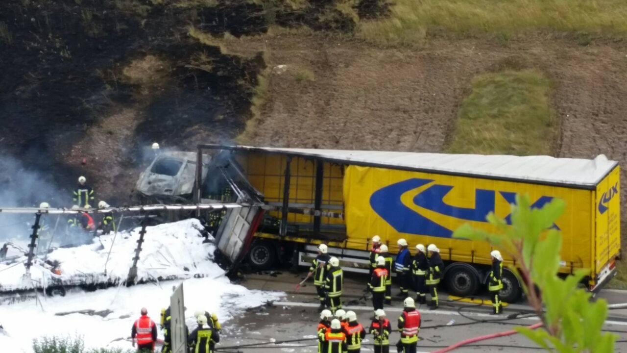 Unfall Auf Der A14 Zweiter Toter Kommt Aus Bayern Hallespektrum