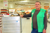 Udo Aßmann ist einer der neuen Globus-Mitarbeiter. Foto: Jobcenter Halle
