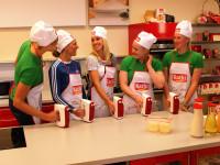 Nadine Müller, Jennifer Oeser, Cindy Roleder, Luise Malzahn, Julia Lier. Foto: Kathi