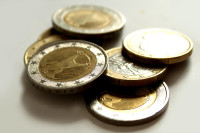 Der Anstieg der Bruttojahresverdienste im Dienstleistungsgewerbe kann mit der Einführung des Mindestlohnes verbunden werden. Foto: HS