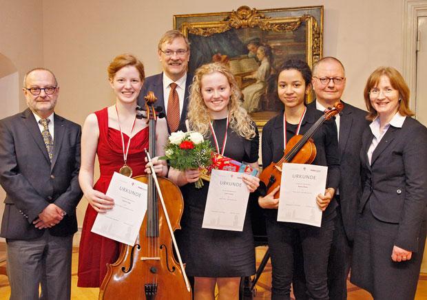 Briefe Von Ophelia Und Jan : Drei junge musikerinnen erhalten händel mozart