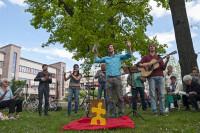 Singsaison auf der Würfelwiese. Foto: Bürgerstiftung Halle/Dirk Höke