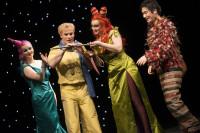 Die Zauberflöte: Sandra Maxheimer, Robert Sellier, Anke Berndt, Ki-Hyun Park. Foto: Falk Wenzel