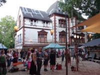 Blick von der Waldbühne auf das Peißnitzhaus