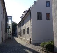 Die Franckeschen Stiftungen sommerlich und verlassen