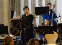 Carolin Ortwein als Flötensolistin