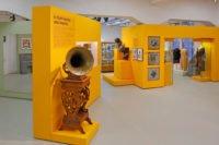 Zu besonderen Terminen ist das Abspielen dieses Grammophons möglich.